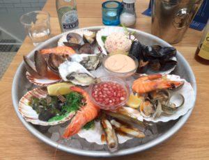 Seafood Market Fruits de Mer