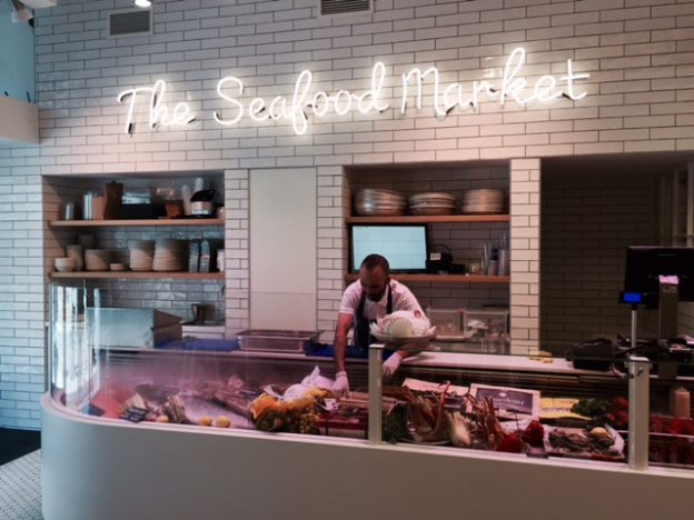 The seafood bar de pijp mel knows where to go for Seafood bar van baerlestraat